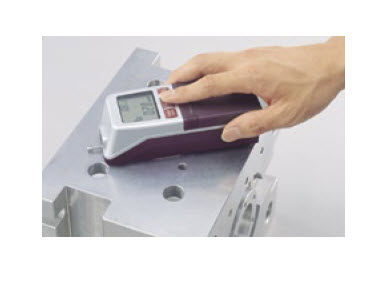 "Portable Surface Roughness Tester ""Mitutoyo"" Model SJ-210"